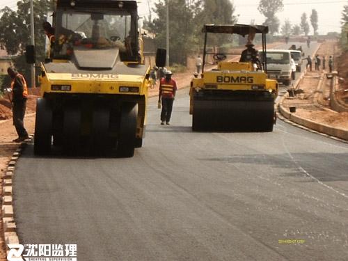 卢旺达市政道路